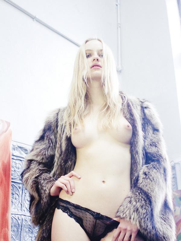 Brynja Jonbjarnardot (4)