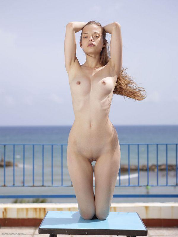 Jennifer Sullins (2)